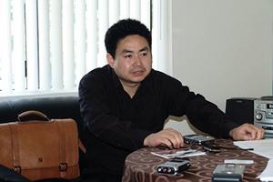 帶法輪功光碟 八九學運領袖周勇軍已被捕2月
