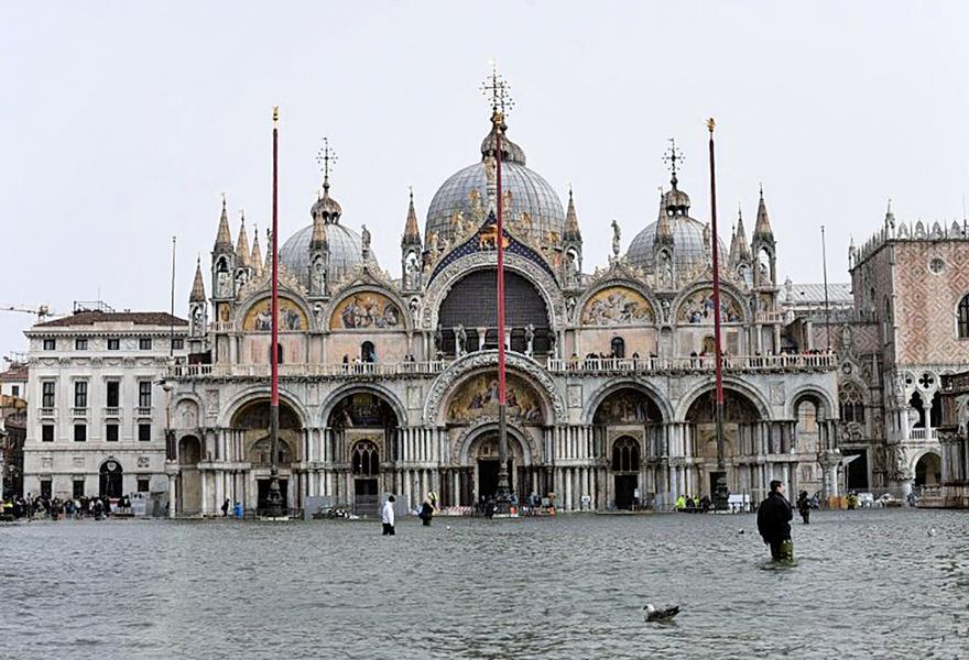 意大利強風暴雨釀六死 威尼斯七成地區淹大水