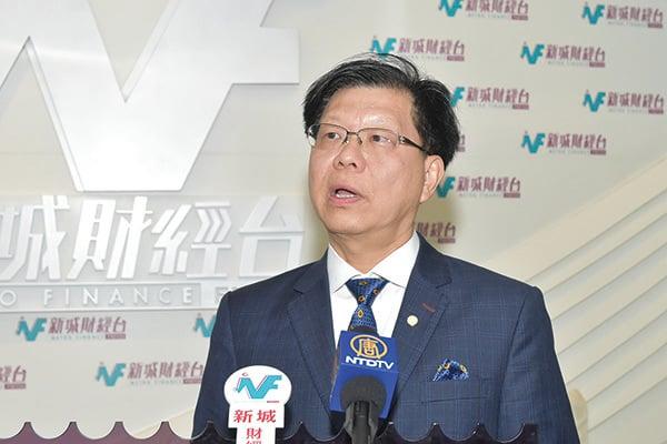 香港錶廠商會會長林偉雄昨早出席電台節目後表示,下半年接單的情況有放緩的跡象。(郭威利/大紀元)