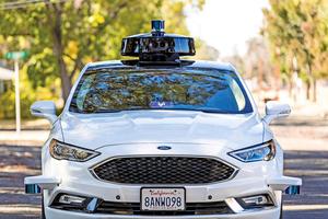追上Uber Lyft揮巨資購買自駕車技術