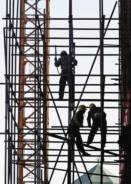 解讀中共政治局會議求「 穩」不得  市場下跌信號預示中國經濟嚴冬或剛開始