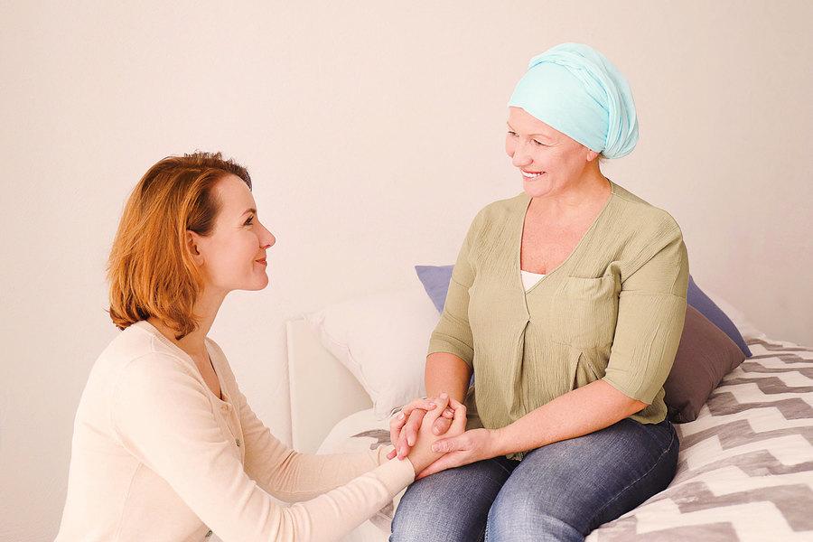 癌症讓女設計師人生轉彎終於牽著母親的手