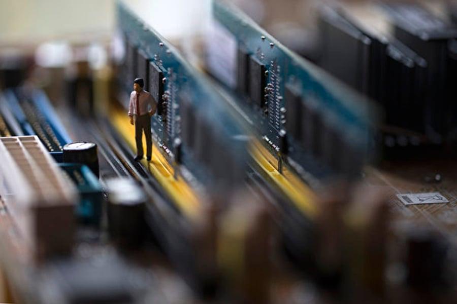 美國政府的近期行動可能對中國半導體製造商造成重大打擊。示意圖。(JOEL SAGET/AFP )