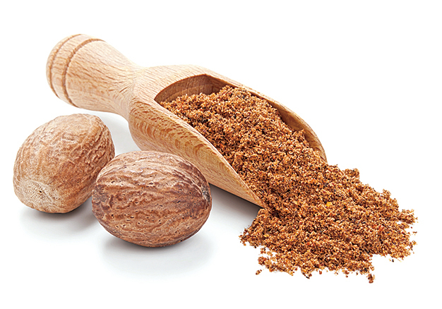 使用肉豆蔻粉,作為鹹派的香料,增添風味。