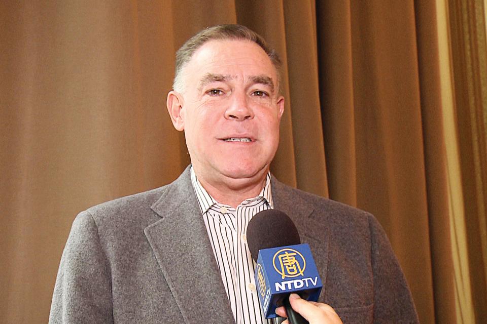 美國國會議員Dana Rohrabacher的副幕僚長Paul Behrends。(新唐人電視台)