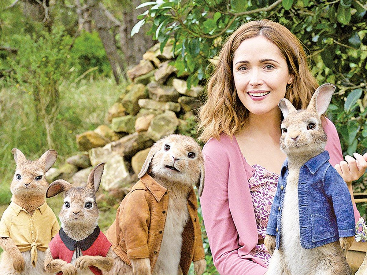 碧小姐身為鄰居,是唯一努力保護比得兔家族的人類。碧小姐的取名靈感來自於原著作者碧雅翠絲波的名字(索尼影業提供)