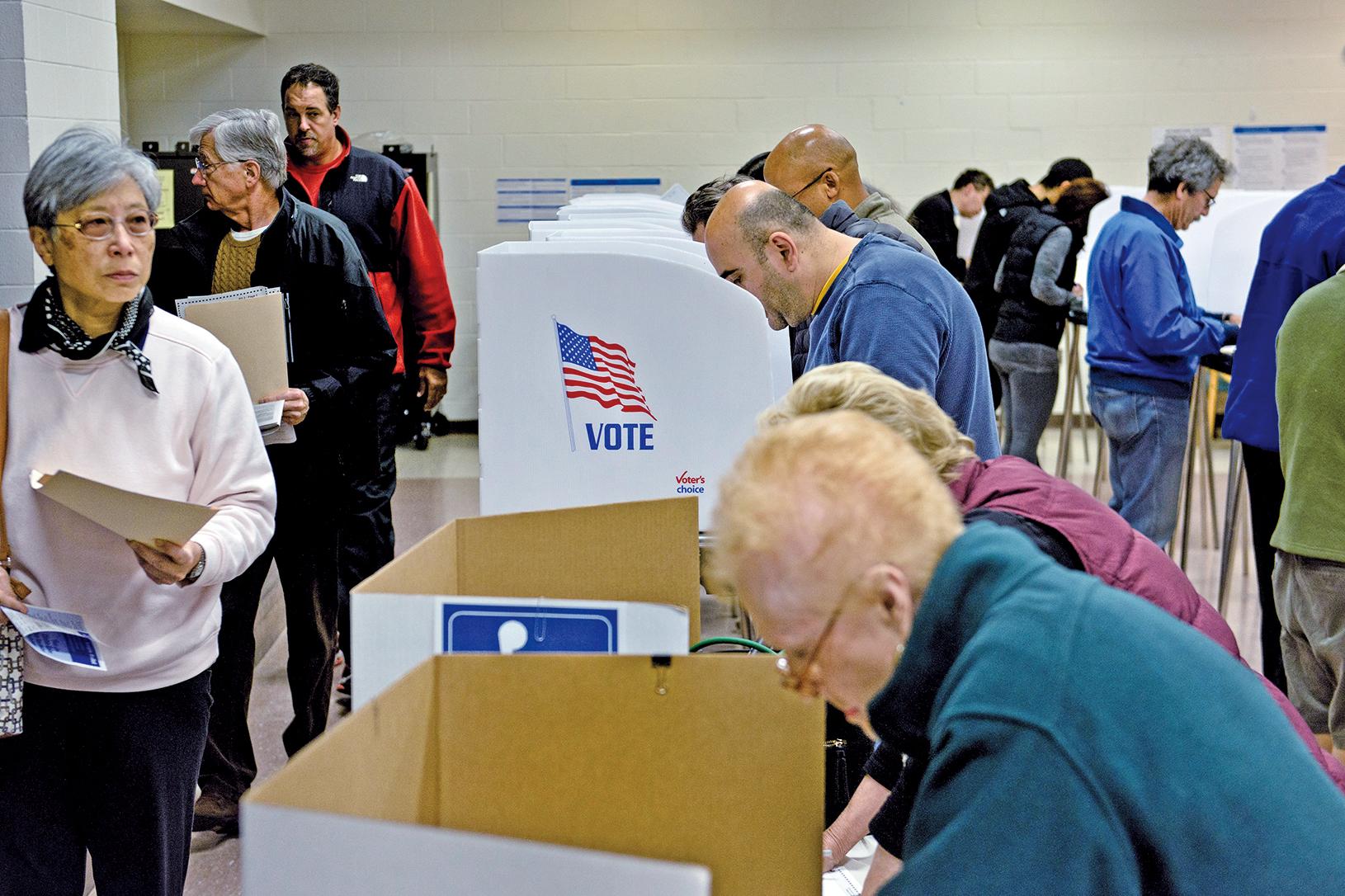 美國2018年中期選舉11月6日舉行,因各州投票截止時間不同,所以投票結果也需要從美東往美西看。(AFP)