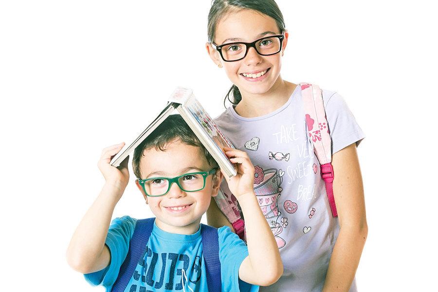 調查:睡不夠一定時間孩子近視風險增9倍
