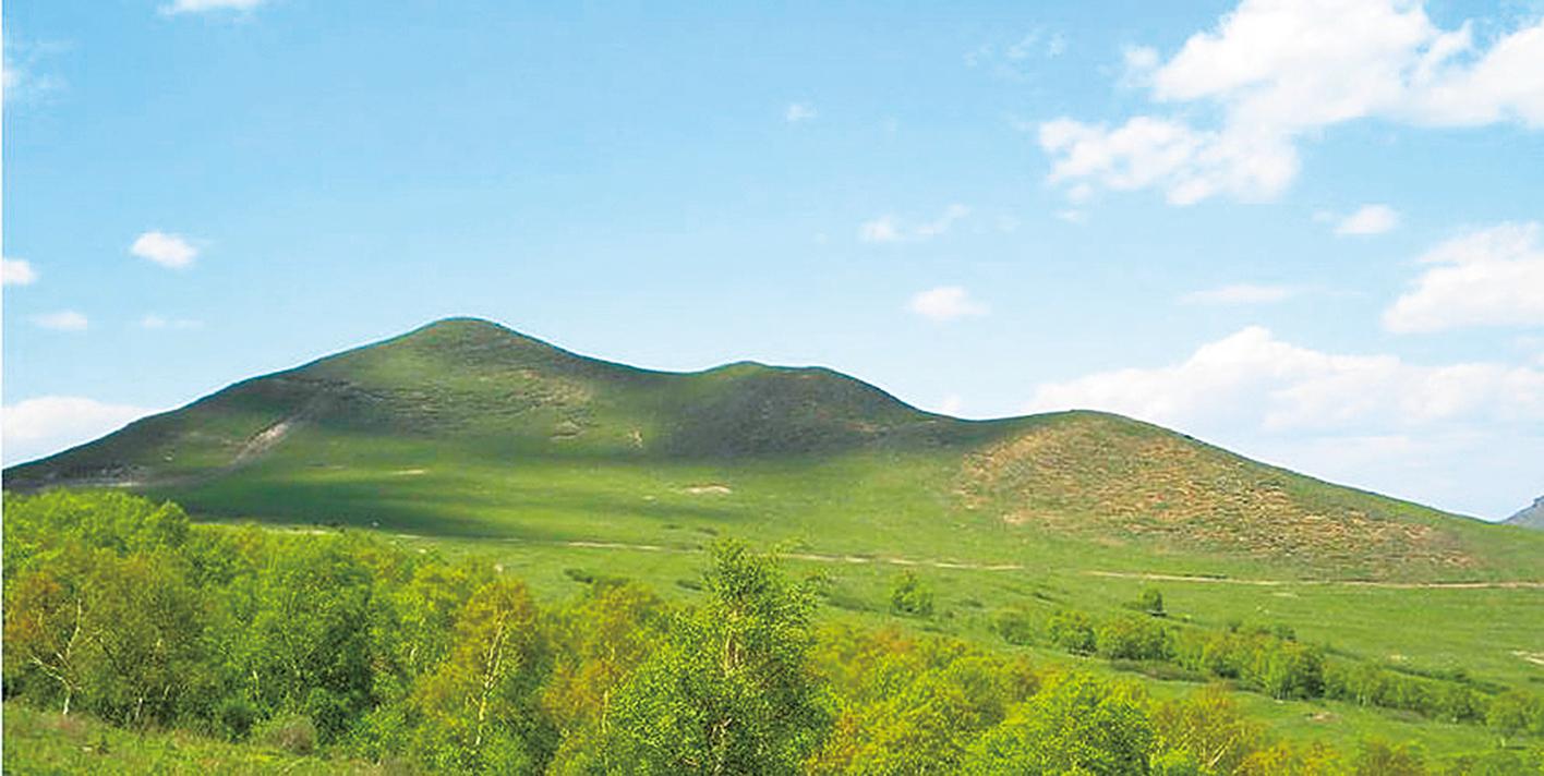 春秋戰國時期,位於山東青島附近的「即墨」就是齊國通商名衢。圖為即墨靈山。(Liangdx _ 維基百科)