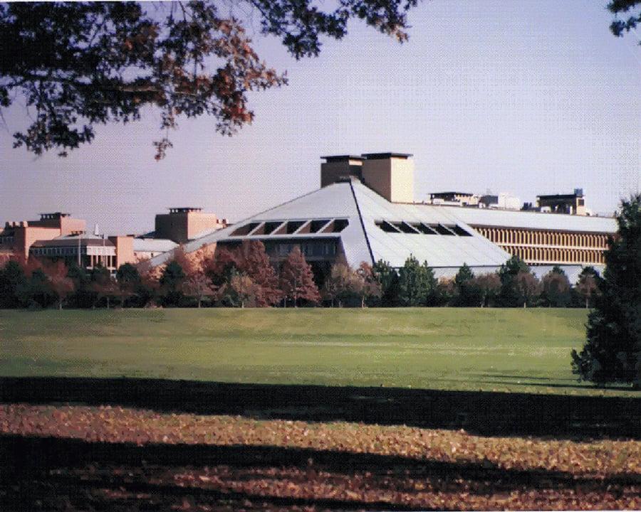 位於美國新澤西州聯合縣的Murray Hill的貝爾實驗室。(Blaxthos/Wikimedia commons)