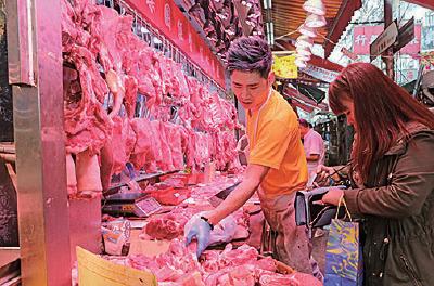 本港豬肉供應暫未受太大影響,市民仍對輸港豬肉有信心。(陳仲明/大紀元)