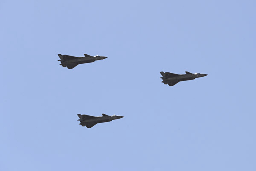 珠海航展 中共多款戰機被指是抄襲品