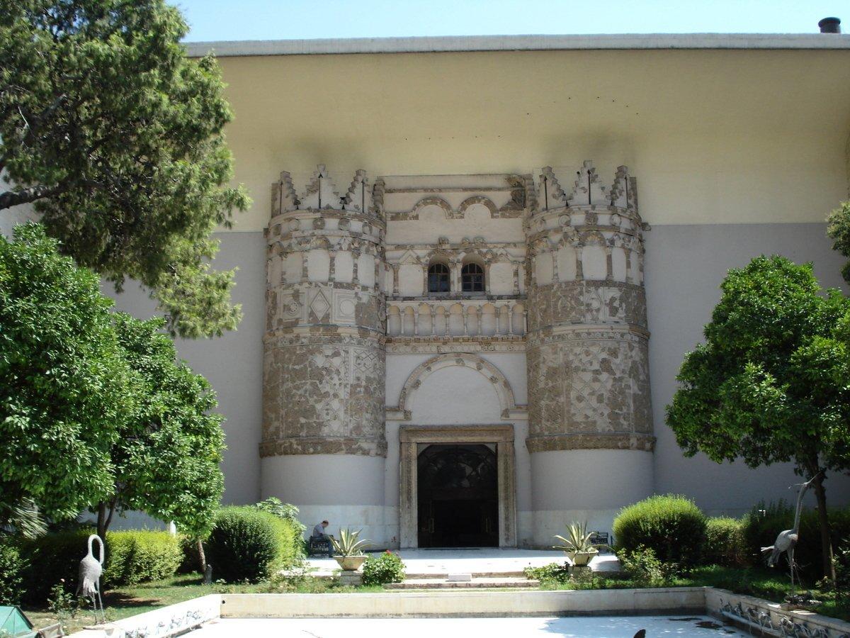 敍利亞國家博物館在停館六年後,上週日(10月28日)宣布全新開放部分展館。(維基百科)