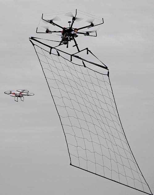 創意設計:無人機實現摩天樓火災救援