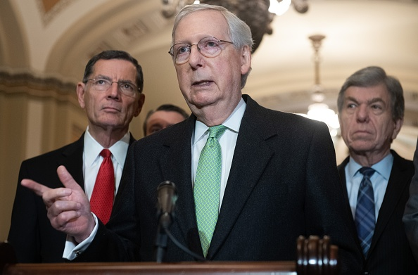 參議院多數黨領袖、共和黨參議員米奇·麥康奈爾。(SAUL LOEB/AFP via Getty Images)