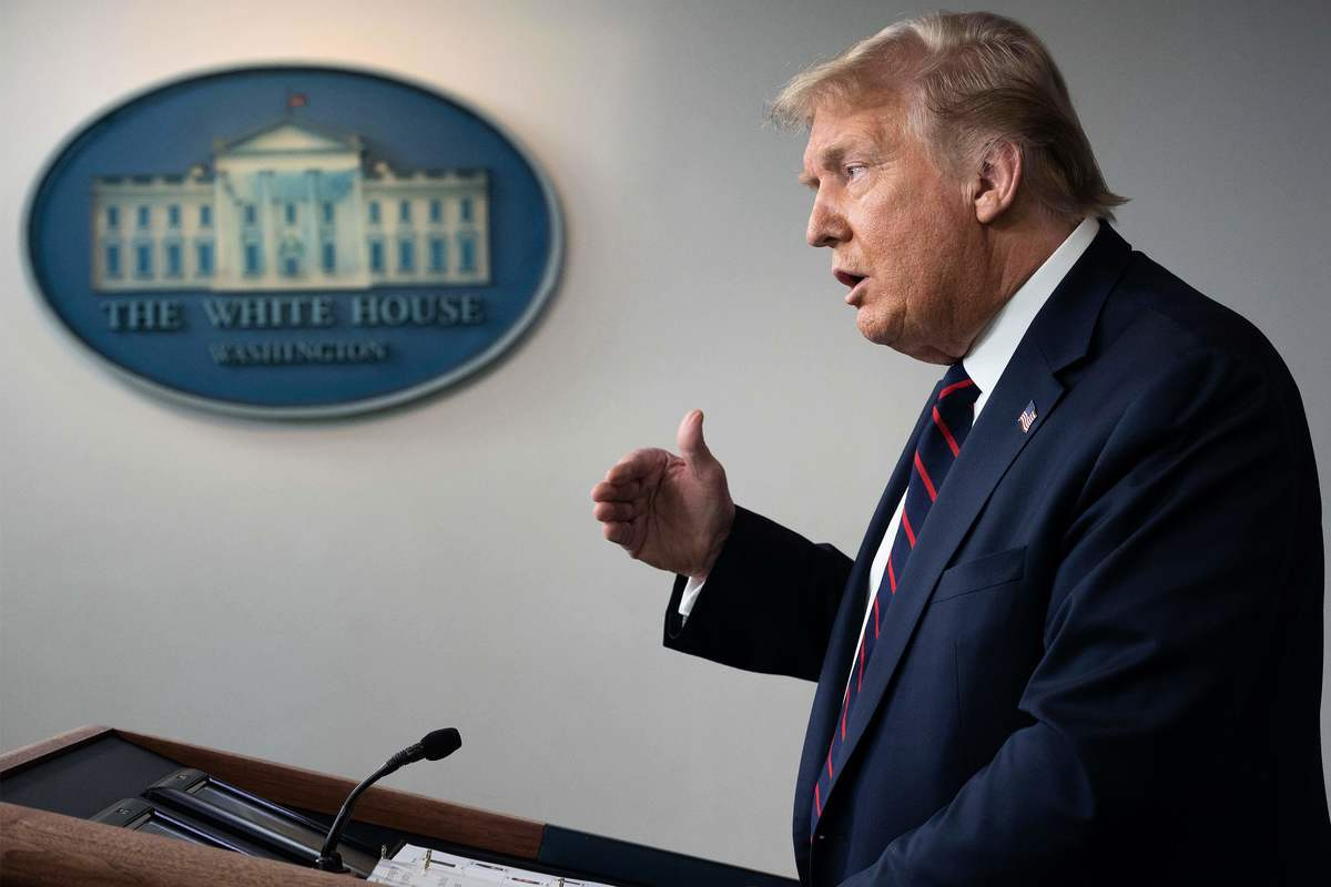 近日,美國對中共發起多領域制裁。(JIM WATSON/AFP via Getty Images)
