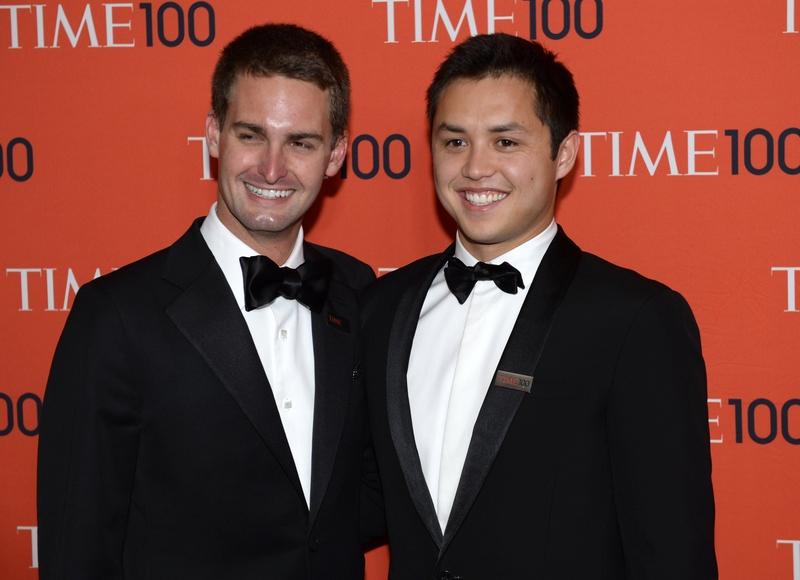 Snapchat聯合創辦人——25歲的埃文・斯皮格爾(左)和27歲的鮑比・墨菲都在《富比士》2016年十億級富豪榜單上。(TIMOTHY A. CLARY/AFP/Getty Images)