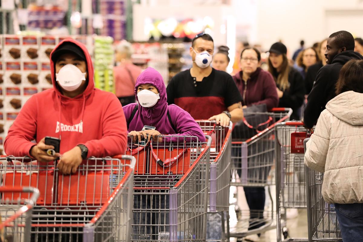 由來自32個國家的239名科學家組成的小組向世界衛生組織(WHO)和其它衛生機構呼籲,將中共病毒(冠狀病毒)通過空氣傳播方式納入到病毒防治信息中。(Paul Kane/Getty Images)
