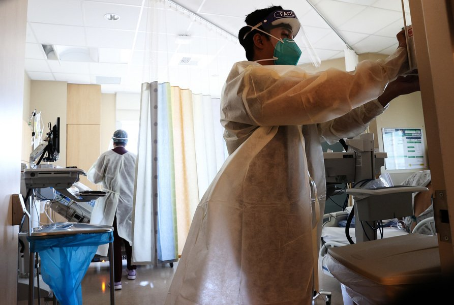 CDC:7月後 美國每周感染病例增700%