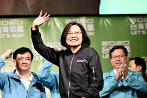 顏丹:中共喉舌報道台灣民調為何遭轟?