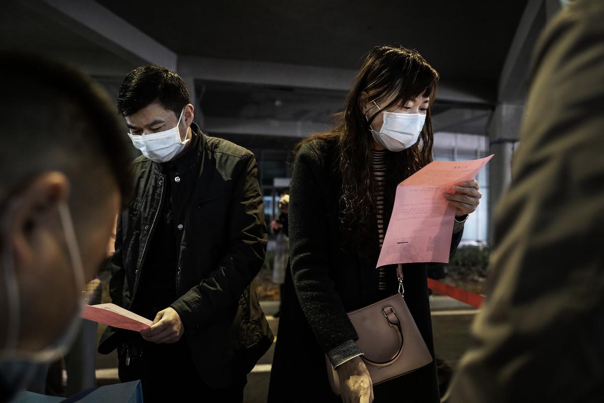 中國大學生今年將面臨就業難。(法新社)