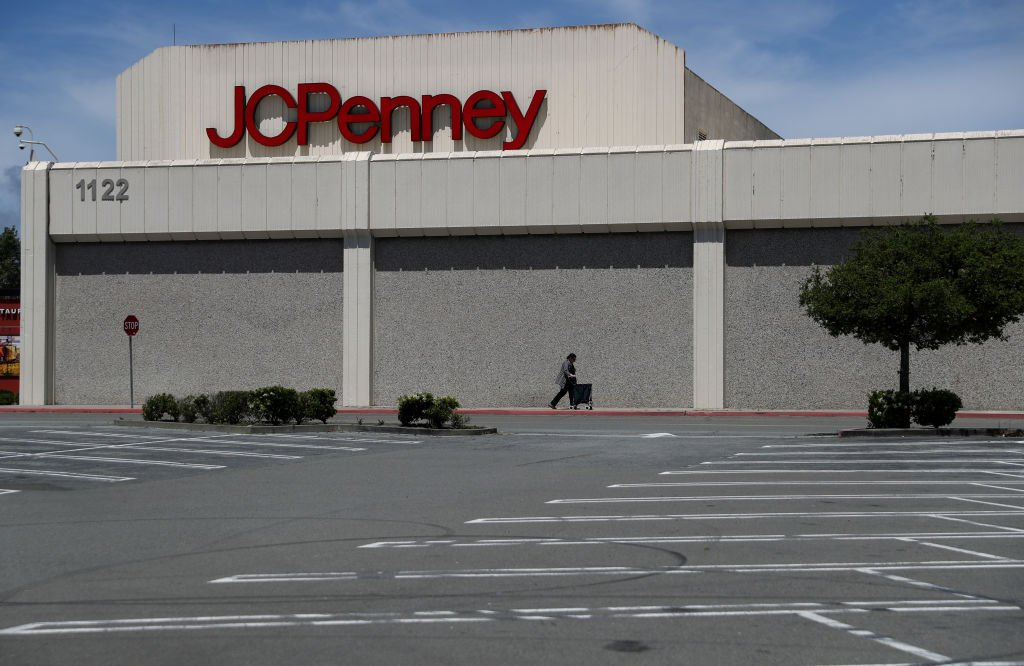 美國百年老店、大型連鎖零售商傑西潘尼(J.C. Penny)申請破產。公司高管表示,由於近年經營低迷,加上中共病毒大流行導致商業被關閉,他們選擇為公司申請破產。(Justin Sullivan/Getty Images)