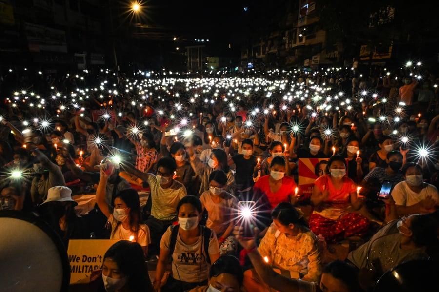 緬甸又有12抗議者遭軍警殺害 迄今逾70死