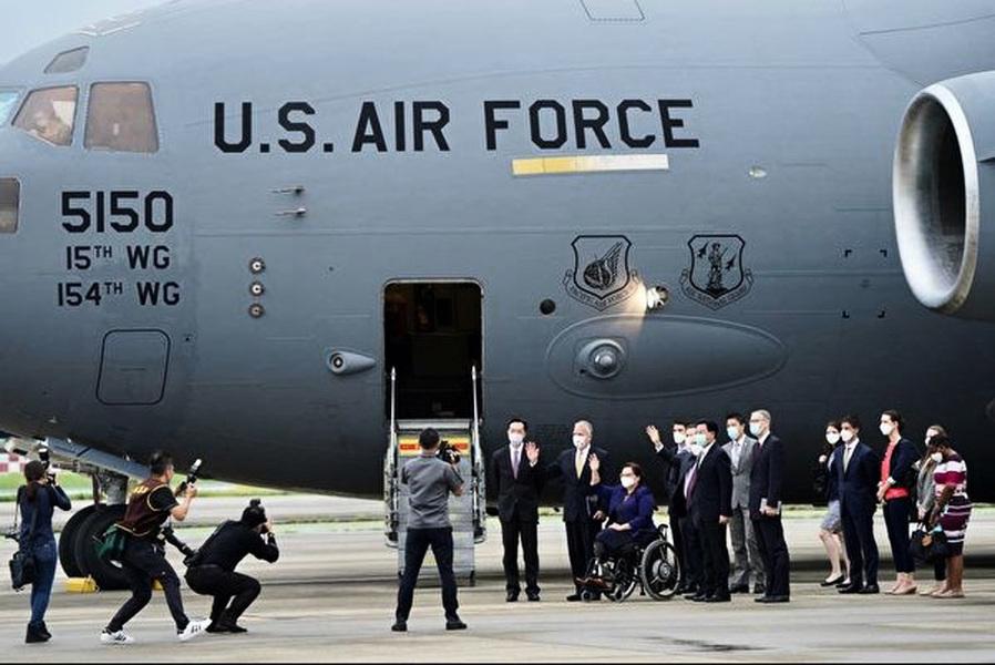 林忌:當戰狼外交遇上軍機外交