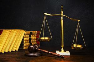 律師為法輪功學員無罪辯護 法庭鴉雀無聲