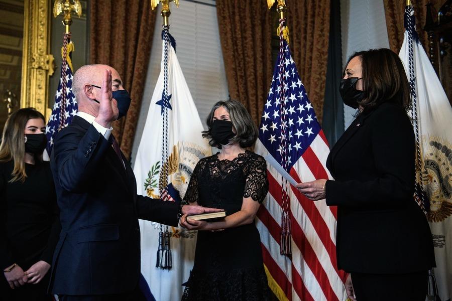 美參院確認馬約卡斯為國土安全部部長
