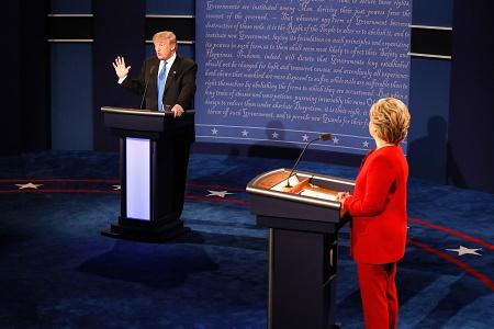 有8400萬美國觀眾觀看了這次辯論。還有數以百萬計美國人通過網路直播觀看辯論。(Pool/Getty Images)