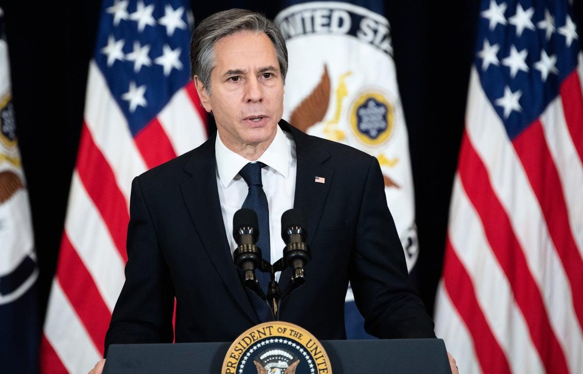 美國國務卿布林肯宣佈,從2月16日起,將也門胡塞武裝從外國恐怖組織和特別指定的全球恐怖份子組織的名單中剔除。(Saul Loeb / AFP)