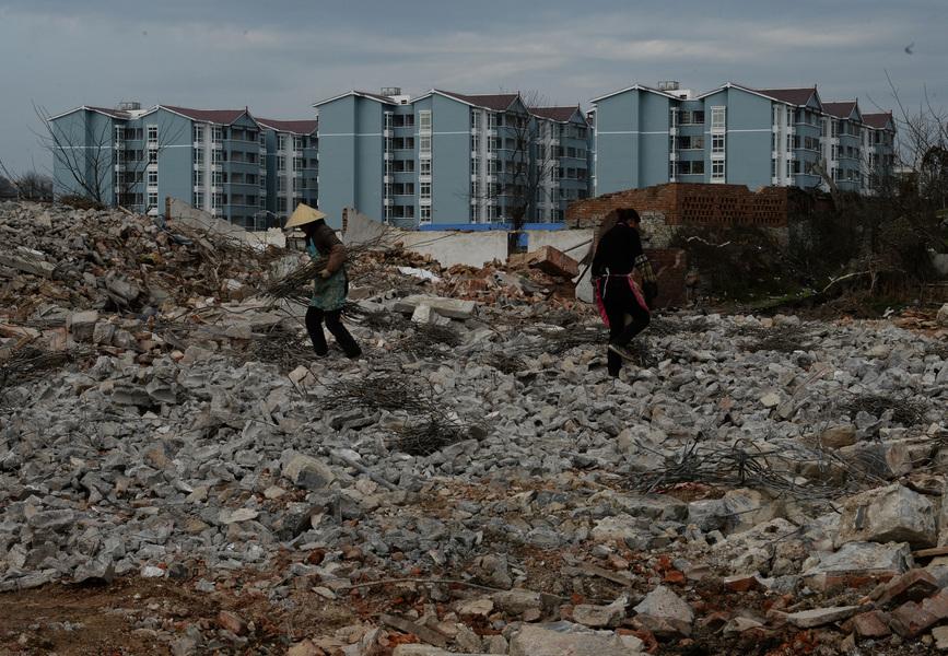 「現在沒錢可還」中國建築熱潮撞上高墻