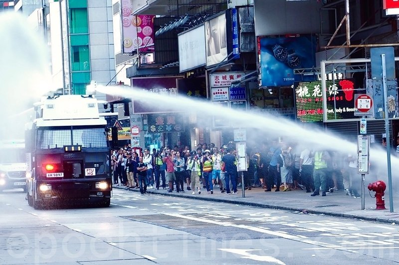 【11.11三罷反暴政組圖】港警開真槍傷人 引發民憤