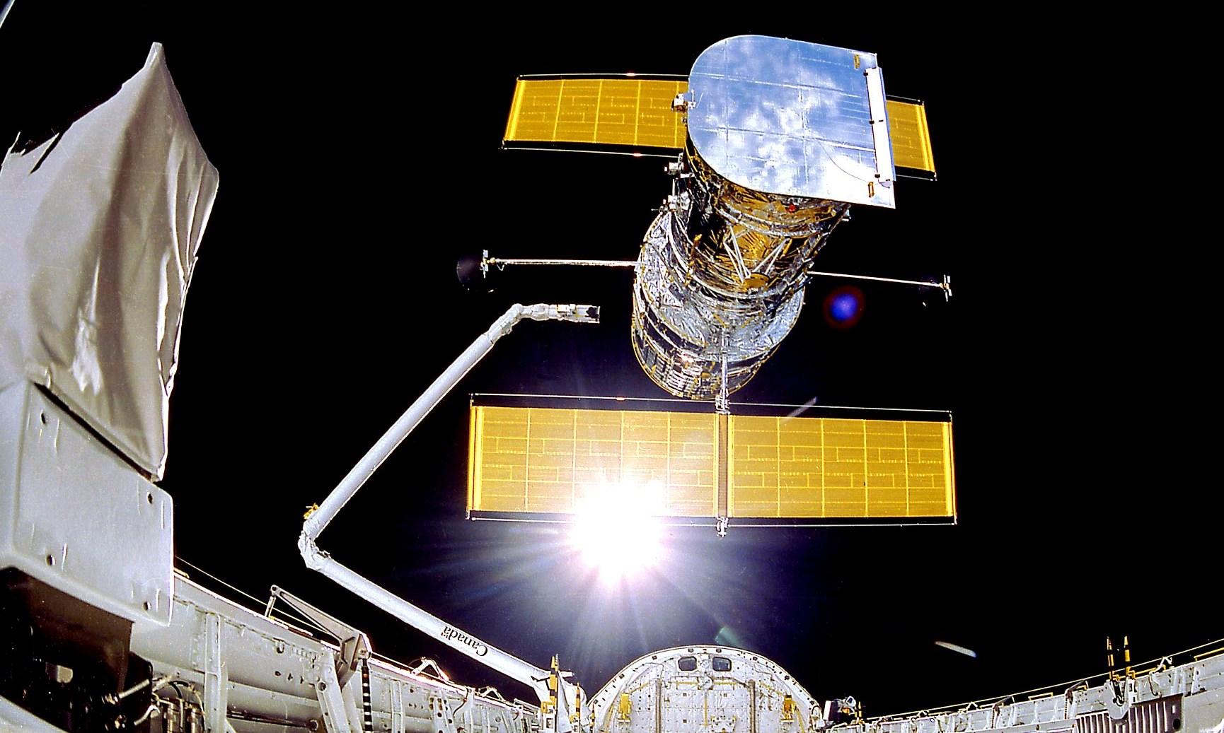 哈勃望遠鏡在發生故障停工一個多月後又從新開始運行。(NASA/Smithsonian Institution/Lockheed Corporation)
