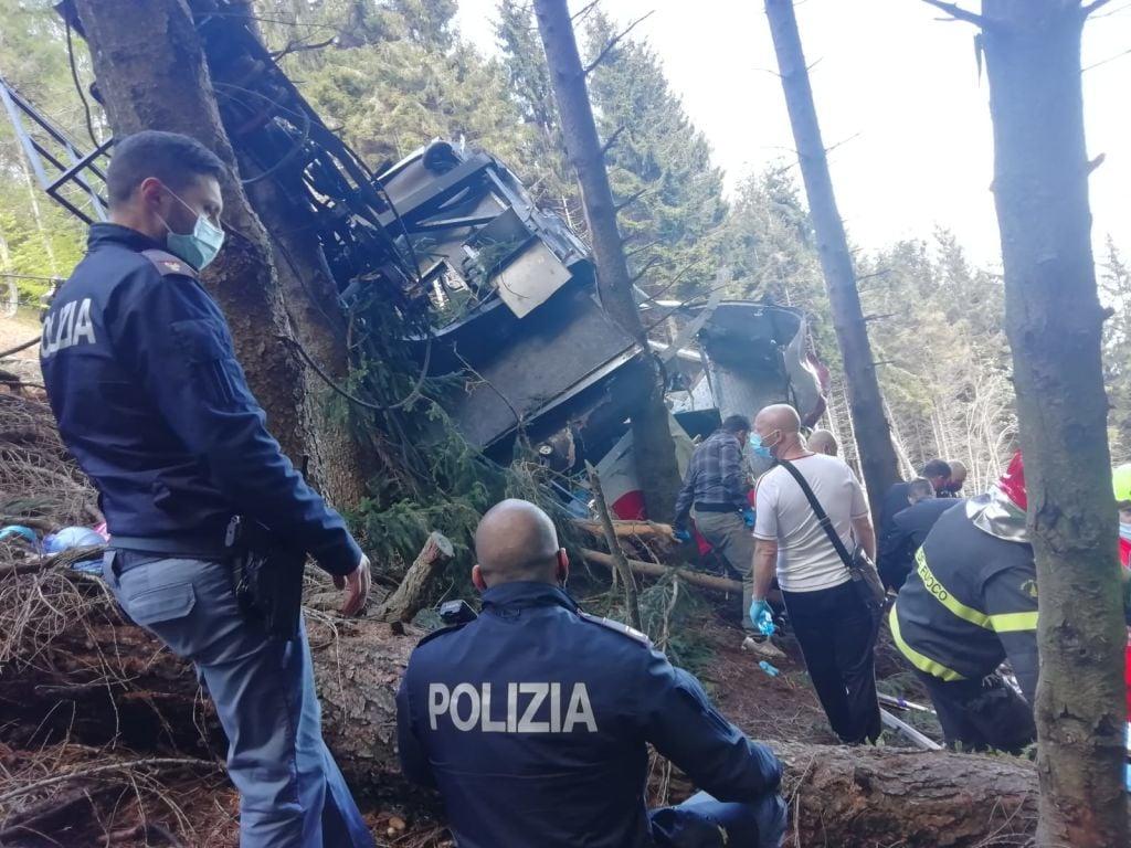 5月23日,意大利北部發生纜車墜毀事件。(Handout photo by the Italian State Police via Getty Images)