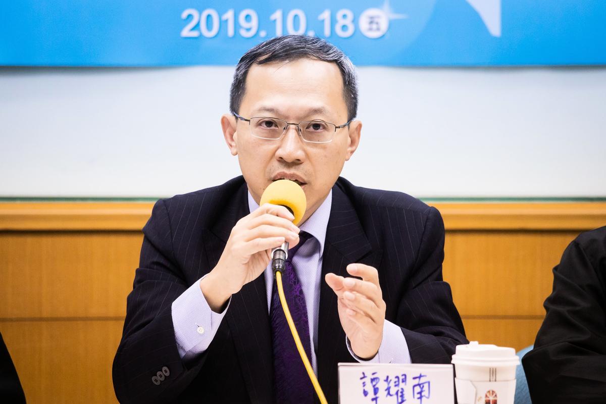 兩岸政策協會理事長譚耀南。(陳柏州/大紀元)