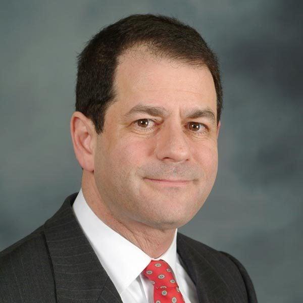 北約克社區議會主席、多倫多市議員詹姆斯·帕斯特納克(James Pasternak)
