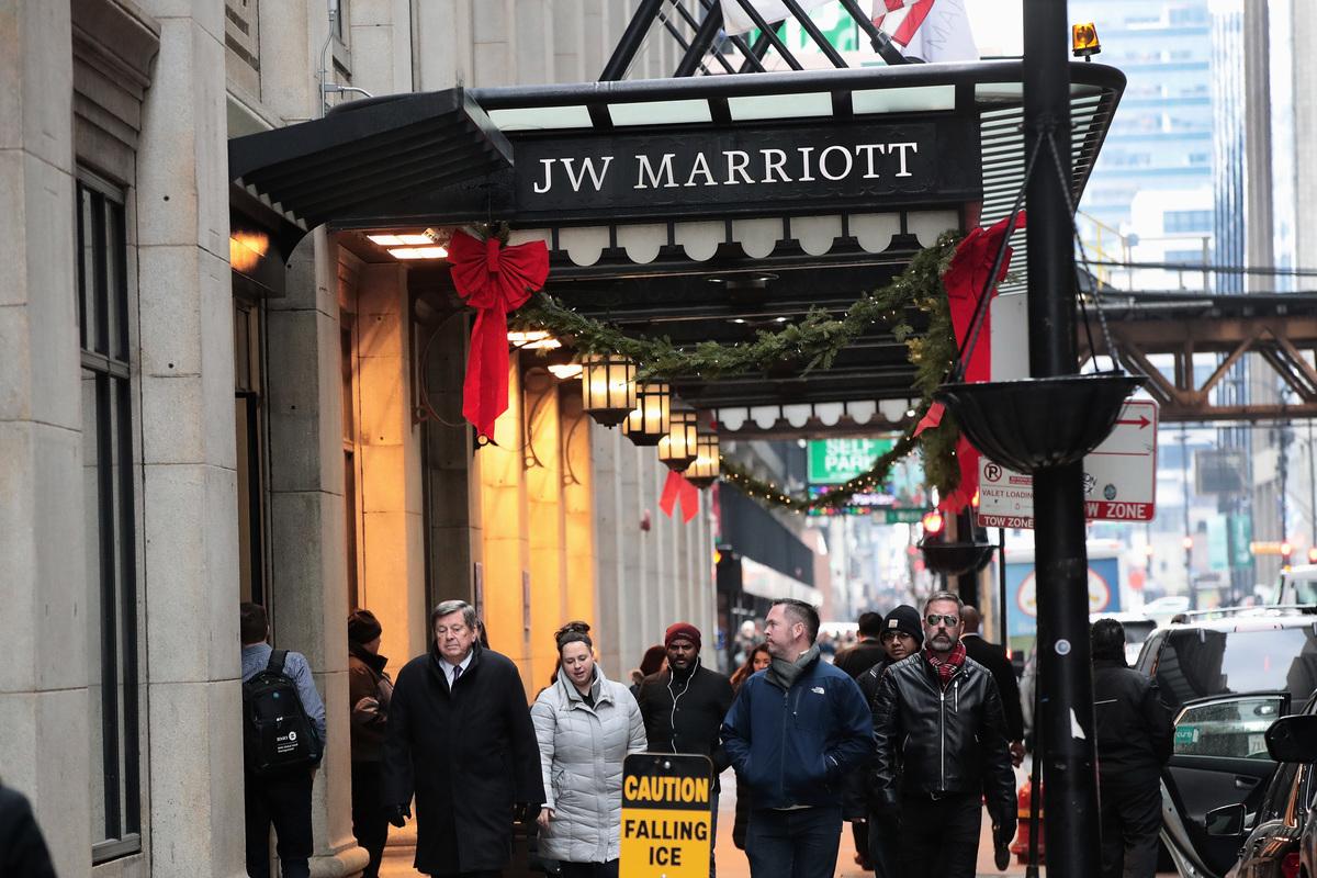 萬豪國際集團(連鎖酒店)5億客戶個人信息遭黑客盜取,美國國務卿蓬佩奧12月12日證實是中共所為。專家說,這宗事件將影響中美貿易談判。圖為位在美國芝加哥市的萬豪酒店。(Scott Olson/Getty Images)