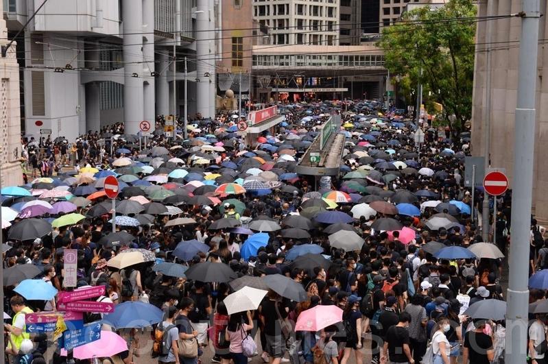 8月31日香港基督徒發起為香港罪人林鄭月娥祈禱的大遊行。(宋碧龍/大紀元)