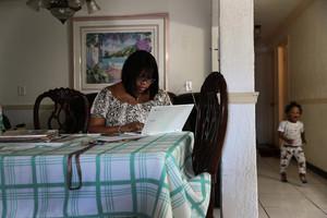 中共肺炎疫情衝擊 美過去四周累計二千多萬人失業