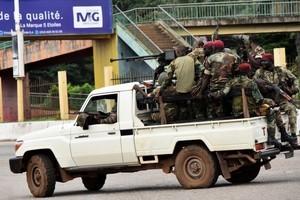 疑似發動政變 畿內亞軍人宣布解散政府逮捕總統