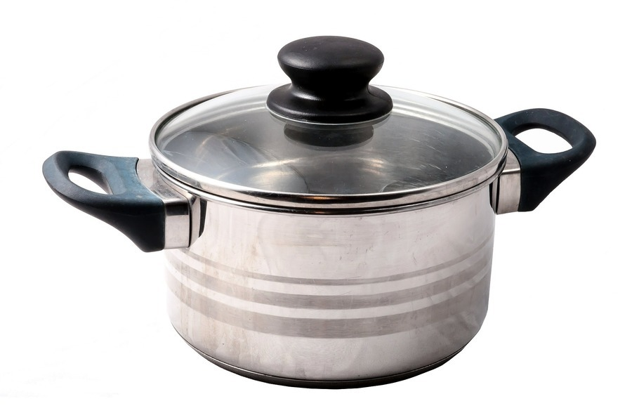 日本拉麵店防疫新招:請顧客帶自己的鍋子來