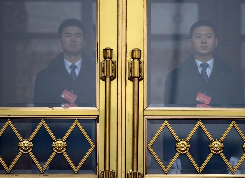 北戴河會議前夕,北京對安防格外重視,折射出中共內部的不平靜。各方的壓力對北京已經形成了空前挑戰。(AFP)