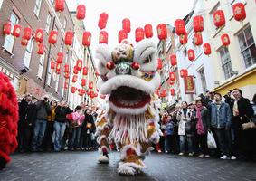 中國新年在即 這些人為何不能闔家團圓