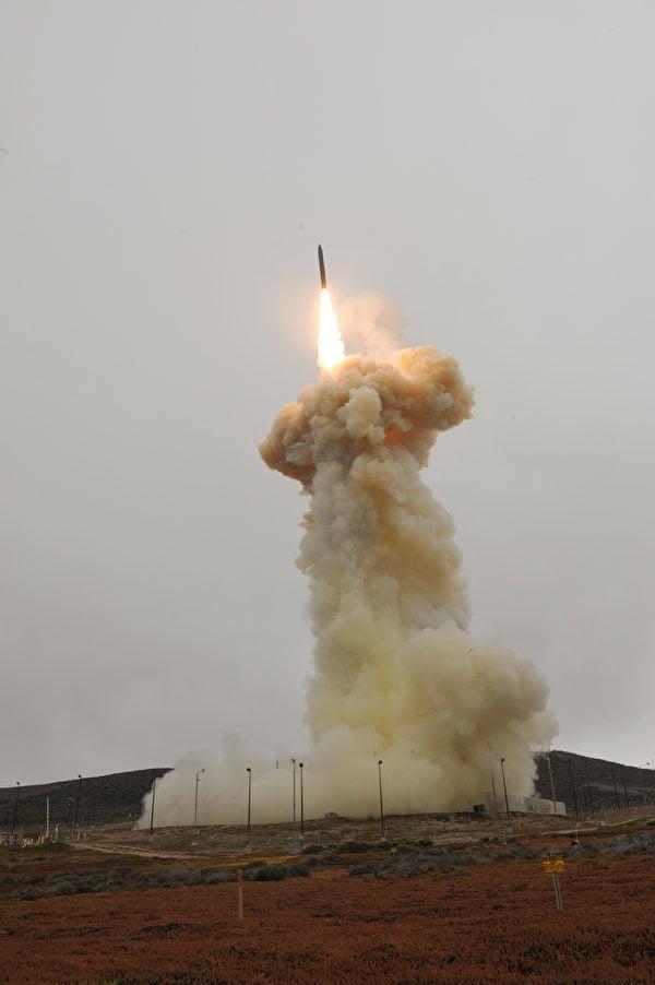 2021年9月12日,美國導彈防禦局成功測試升級版導彈攔截器。(Missile Defense Agency)