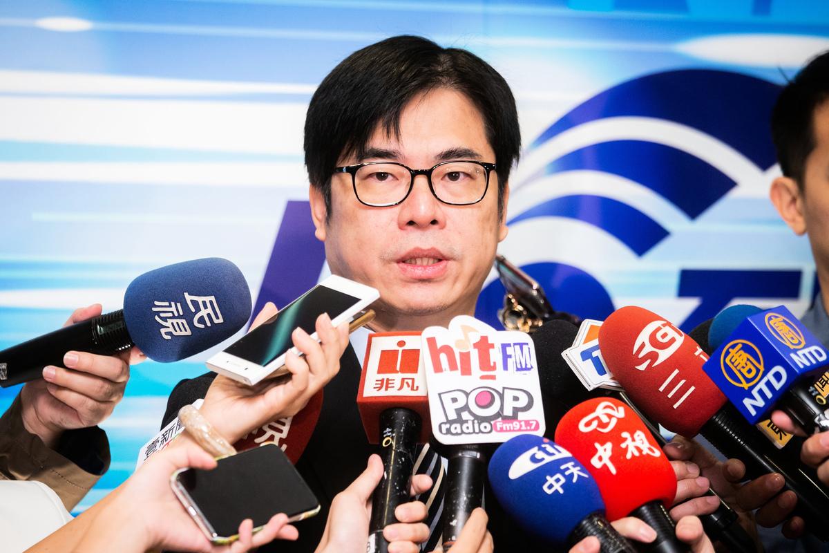 中華民國行政院副院長陳其邁日前透露,他在中國新年時獲悉,中共大概一個月前就在印度大量調口罩。資料照。(陳柏州/大紀元)