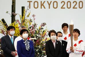 組圖:東京奧運聖火開始傳遞 萬人接力