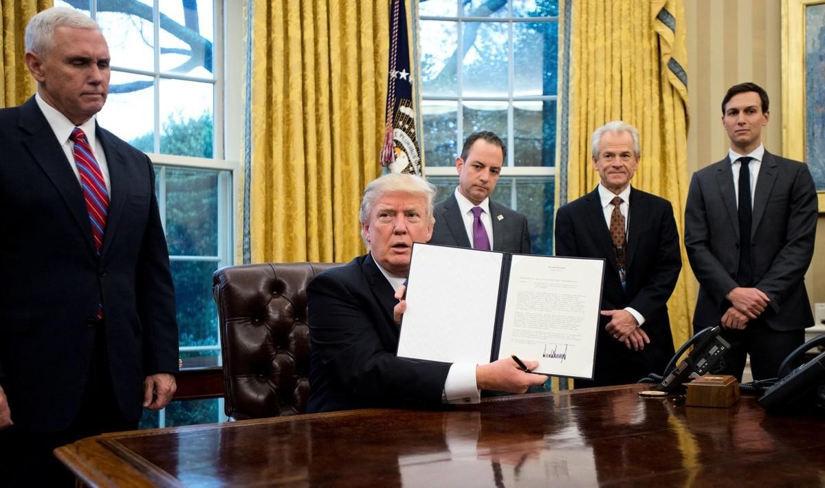 白宮貿易與產業政策顧問彼特·納瓦羅(Peter Navarro)周三表示,中美貿易戰如同下國際象棋,外界應靜觀其變。(Getty Images)