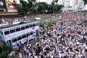憂送中條例 香港大亨開始外移資產